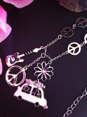 collier-peace-rose-1a.jpg