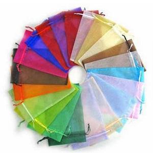 Pochettes organza coloris differents