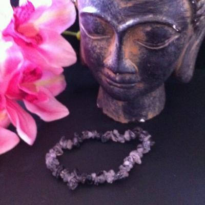 quartz-tourmaline-noire-bracelet-baroque-1.jpg